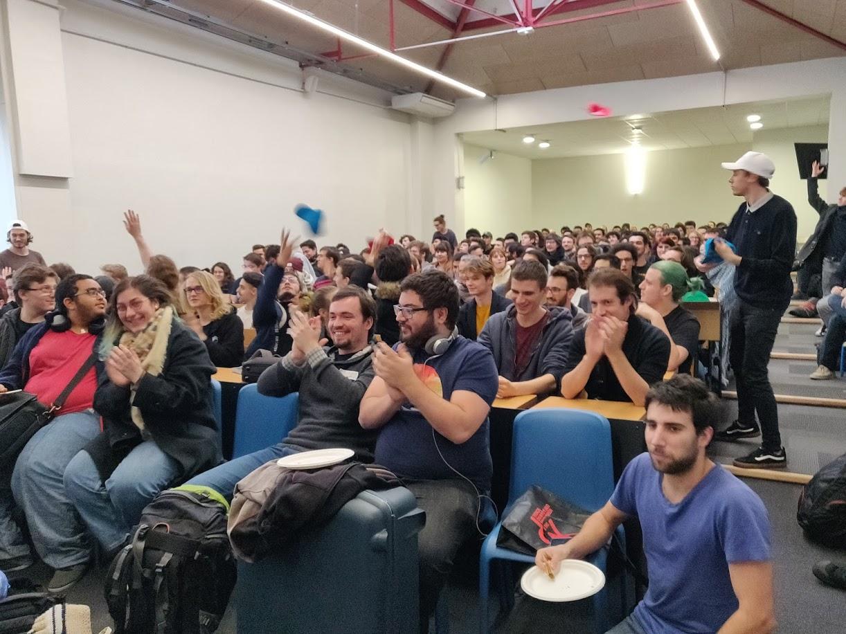 Ambiance de la Global Game Jame 2020 sur le campus Ionis